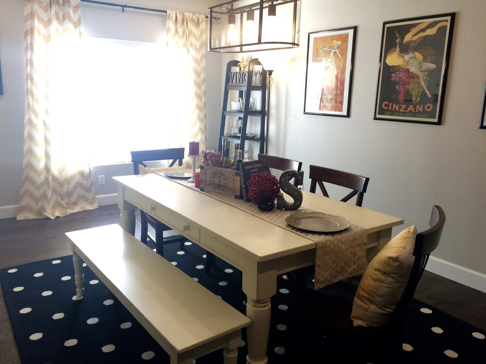 Mixing dining room chairs