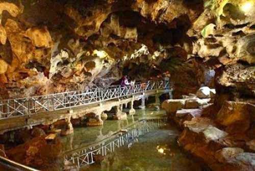 Goa Akbar - Tempat wisata alam di tuban yang indah