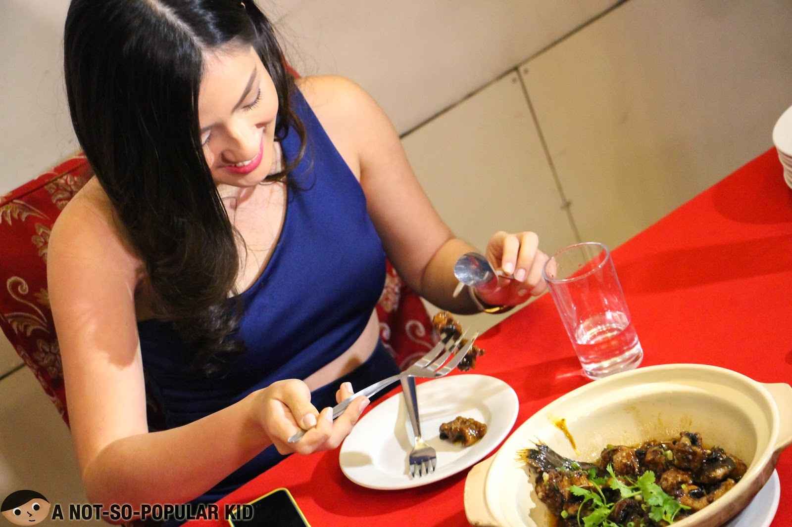 Joyce Ching up for the last exotic dish - the Eel in Tausi Sauce