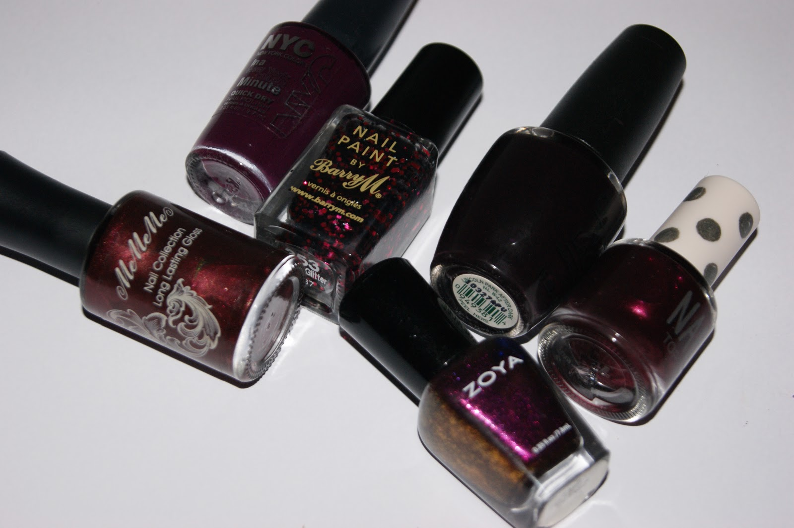 Red, Red Wine - Wine Autumn Nail Picks | The Sunday Girl