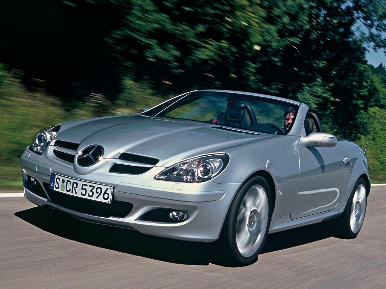 http://1.bp.blogspot.com/-H-lama6slBg/T9L-5iUC5HI/AAAAAAAAADI/l9djq2ClsXA/s1600/Mercedes-Benz-SLK-Class-2.jpg