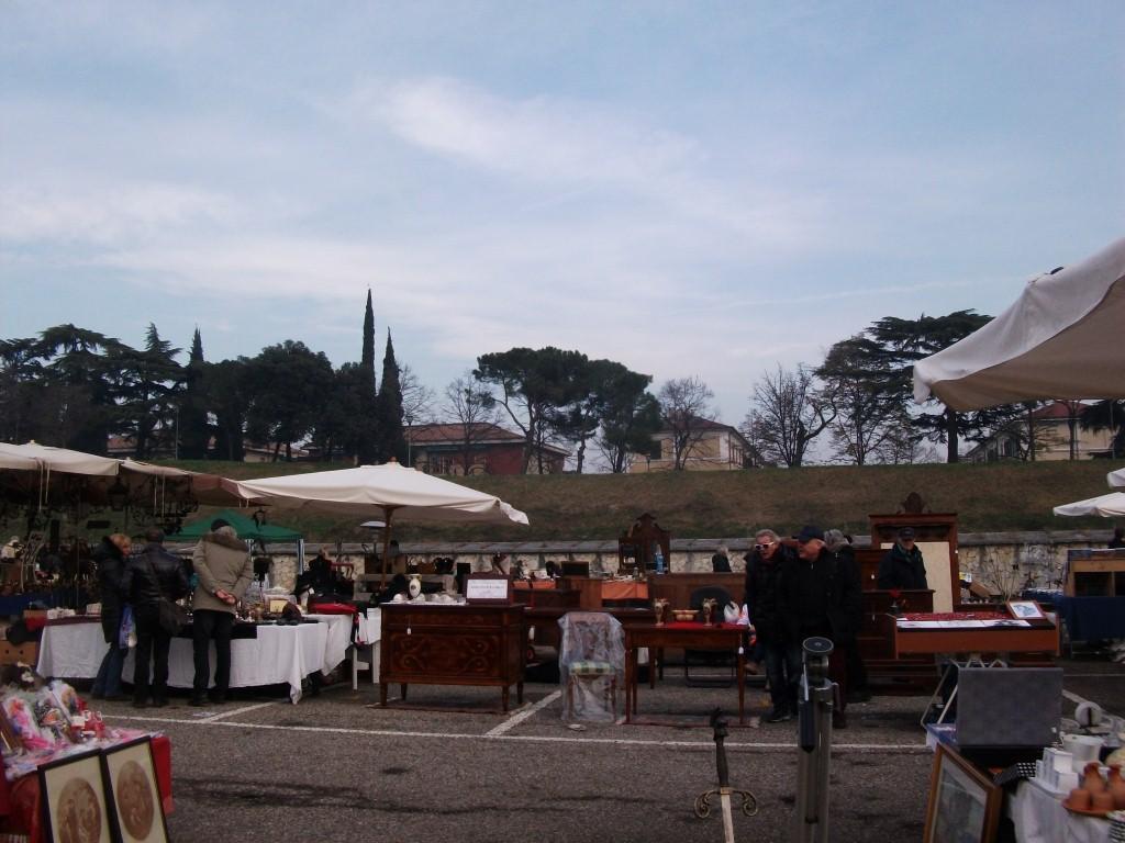 La brocante de blanche mercatino antiquariato di verona for Mercatini antiquariato verona