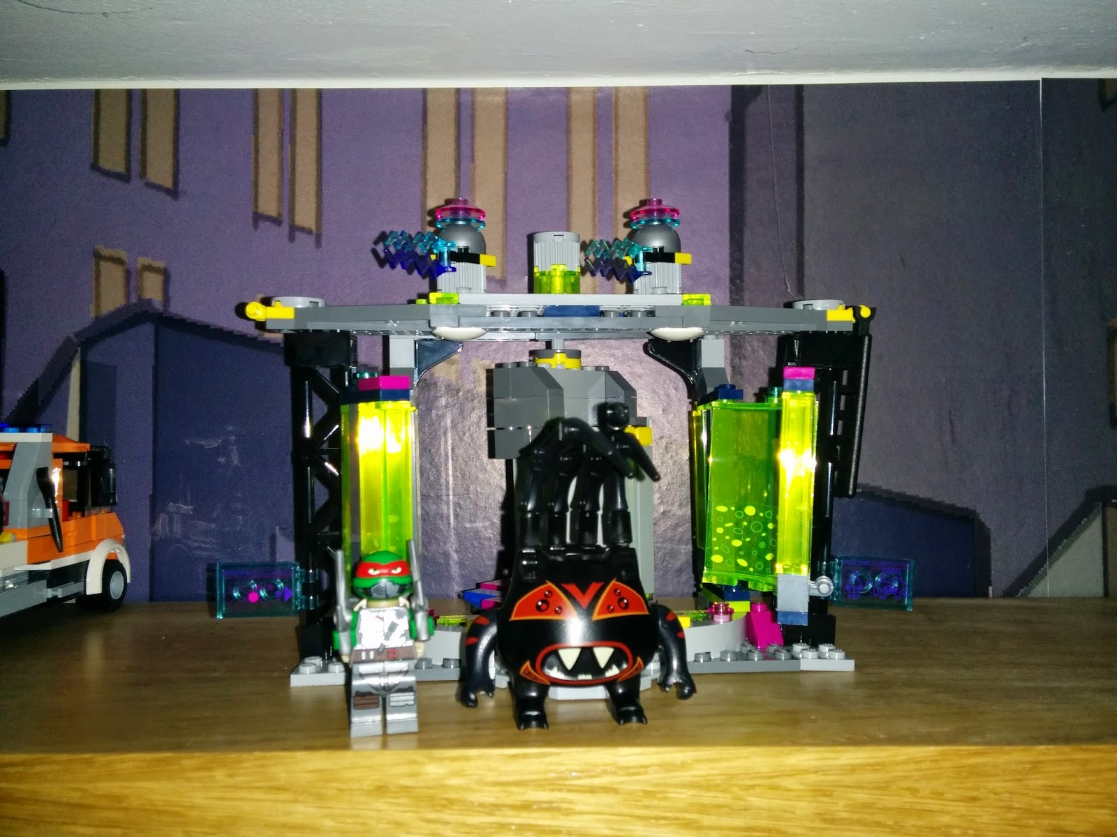 review lego teenage mutant ninja turtles mutation chamber. Black Bedroom Furniture Sets. Home Design Ideas
