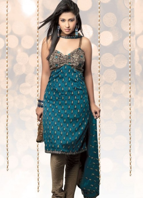 Latest suits designs for girls in 2012 for Girls suit design
