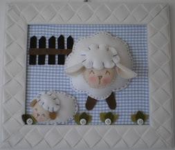 Enfeite de porta ovelha feltro