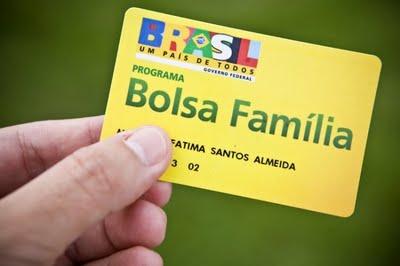 FAMÍLIAS DO BOLSA FAMILIA SÃO PERSEGUIDAS PELO PREFEITO.