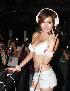 Xu Ying Hong Kong Sexy Model Night Club DJ Sexy Photo 1