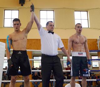 treningi boksu zielona góra, Treningi dla chłopców, treningi dla mężczyzn, boks Zielona Góra, walki zielona góra, sporty walki zielona góra