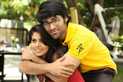 Love You Bangaram Romantic Photos Gallery-thumbnail-10