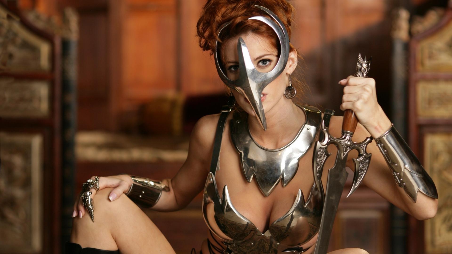 http://1.bp.blogspot.com/-H0nZRya4TiA/UBziY_zCAOI/AAAAAAAACTk/pPW_8GAYeV0/s1920/sword-mask-world-of-whorecraft-woman-girl-movies-1080x1920.jpg
