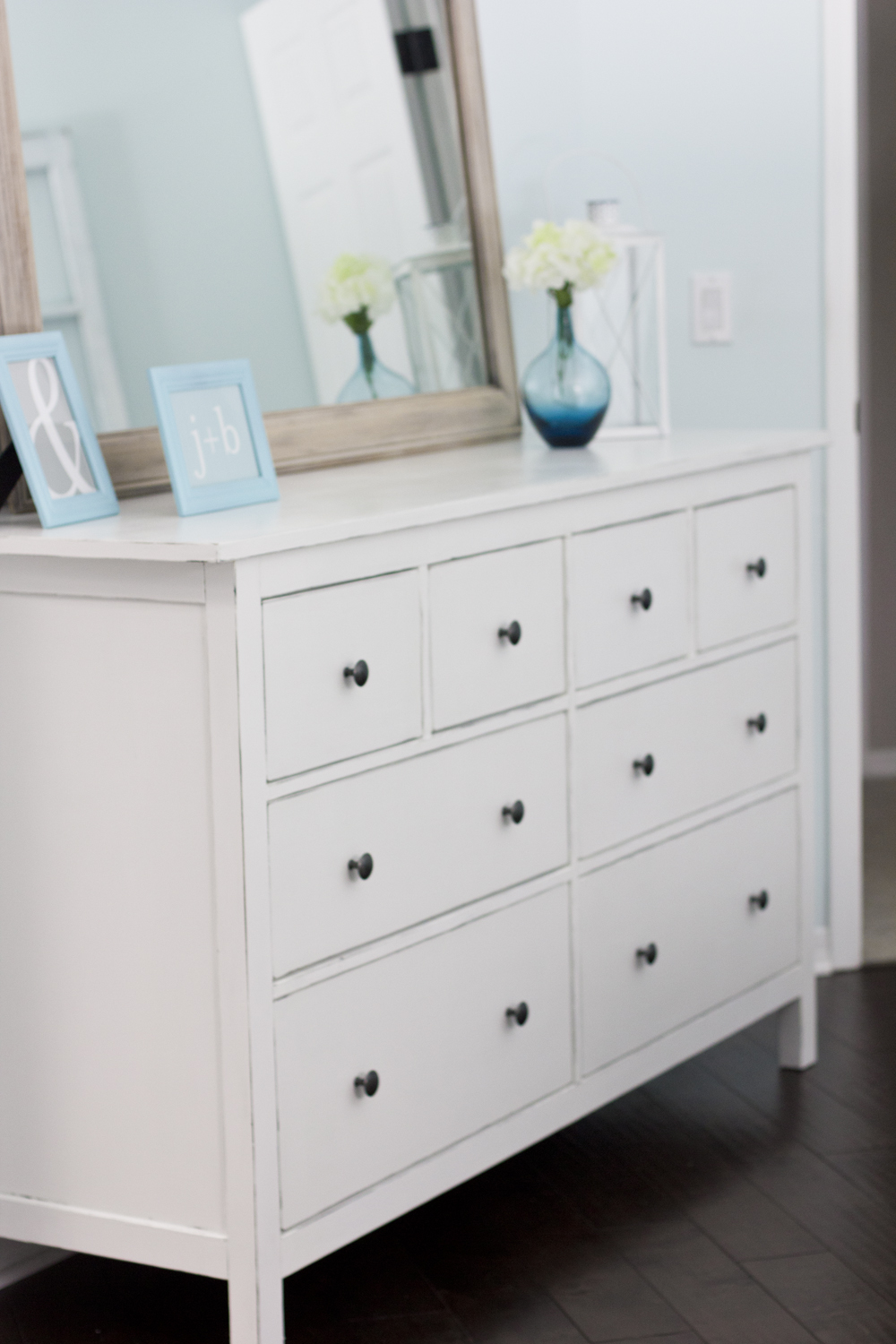 More ikea love bungalow home staging redesign for Ikea comodino hemnes