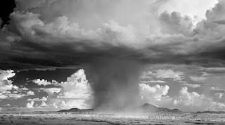Badai Awan Jamur Memenangkan Hadiah Fotografi