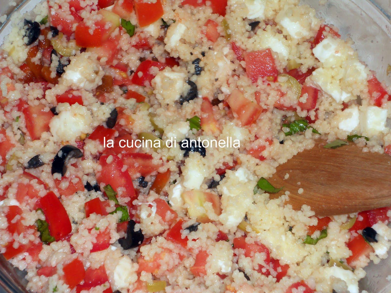 Cous cous caprese da la cucina di antonella su akkiapparicette - La cucina di antonella ...