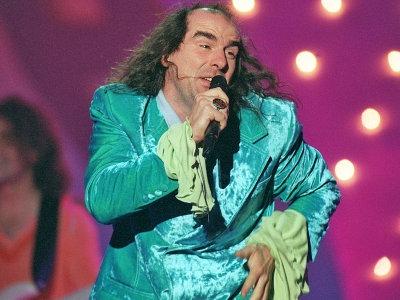 Eurovision Icons, προσκυνήστε το είδωλο και τέτοια!! Guildo-horn