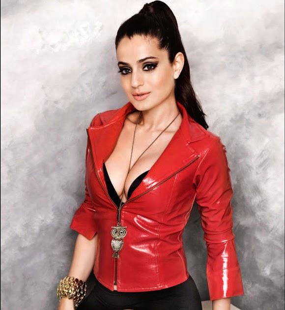 Amisha breast patel has got!