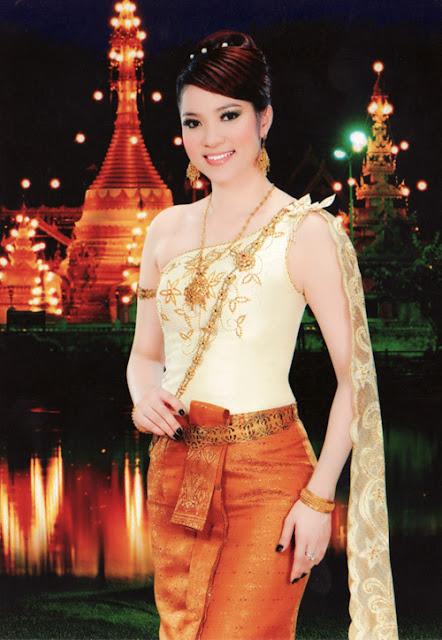Celeb Model Ly Marina