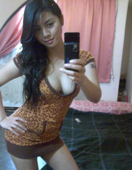 Foto HOT | Cewek Cantik Bugil di Facebook | JuraganABG.com