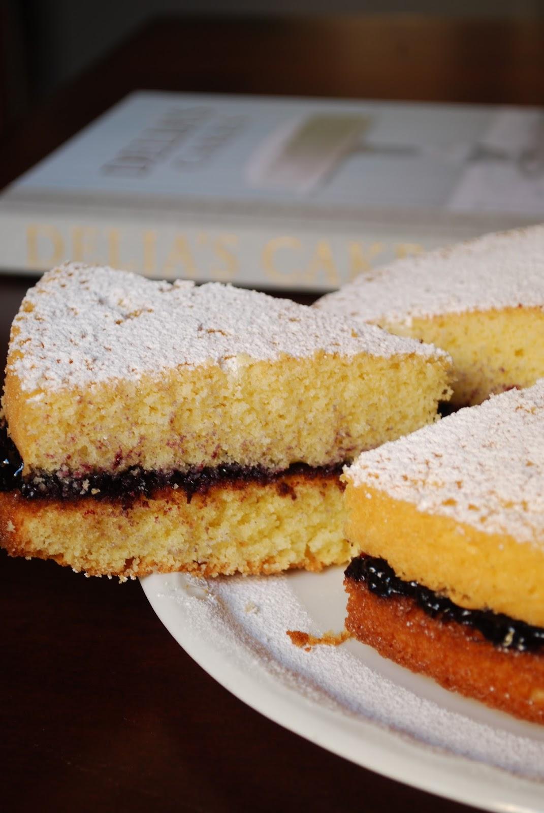classic sponge cake di delia smith