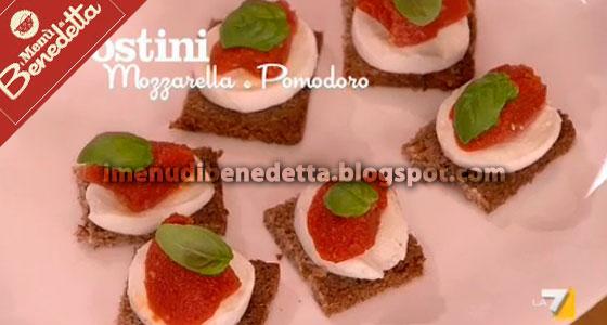 Crostini mozzarella e pomodoro la ricetta di benedetta for Mozzarella in carrozza parodi