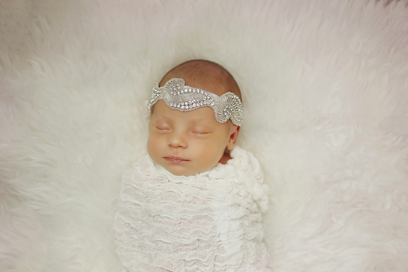 newborn, baby, girl, newborn photography, portland newborn, studio, natural light, jenn pacurar, spotted stills photography