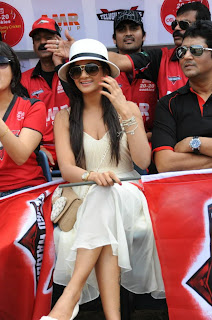 WWW.BOLLYM.BLOGSPOT.COM Beautiful South Indian Actress at CCL 2   Telugu Warriors Vs Kerala Strickers Cricket Match Picture Stills Image Gallery 0021.jpg