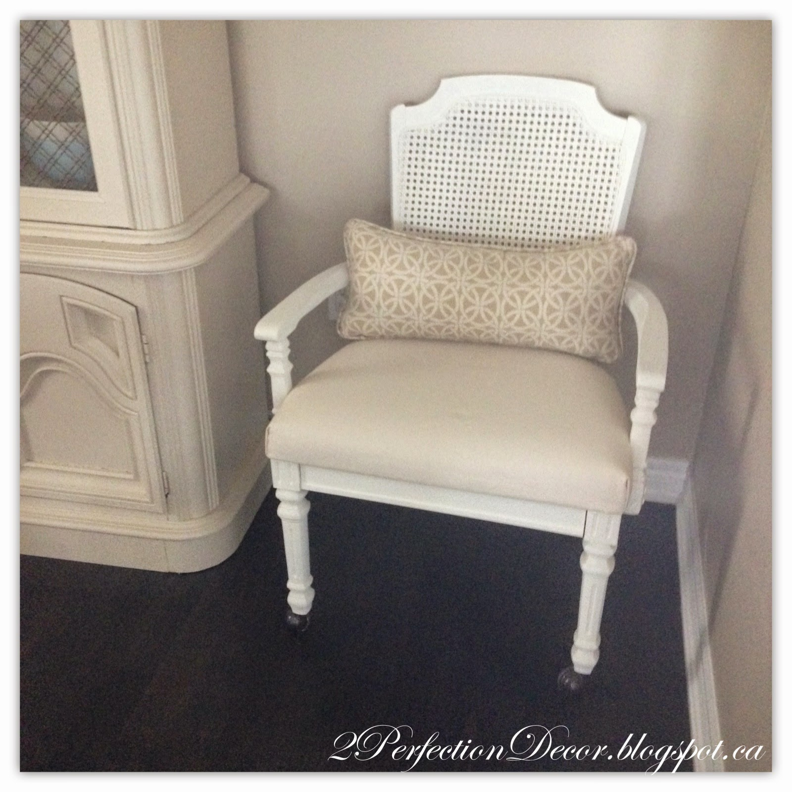 2Perfection Decor French Provincial Chair Makeover