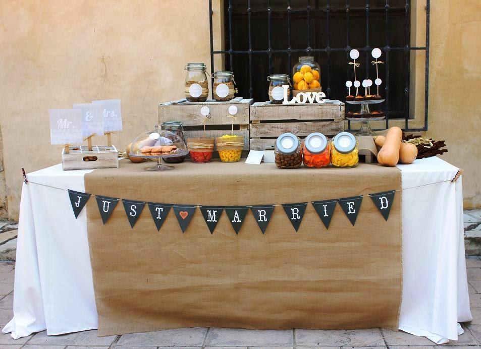 Party paper mesa dulce en una boda con un toque r stico for Decoracion mesa rustica