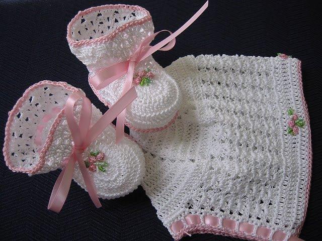 mod le crochet bonnet en crochet chaussette crochet. Black Bedroom Furniture Sets. Home Design Ideas