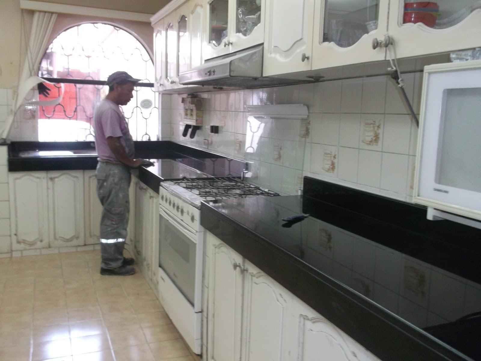 Mantenimiento marmol granito consejos comunes en el uso for Colores de marmol para cocina