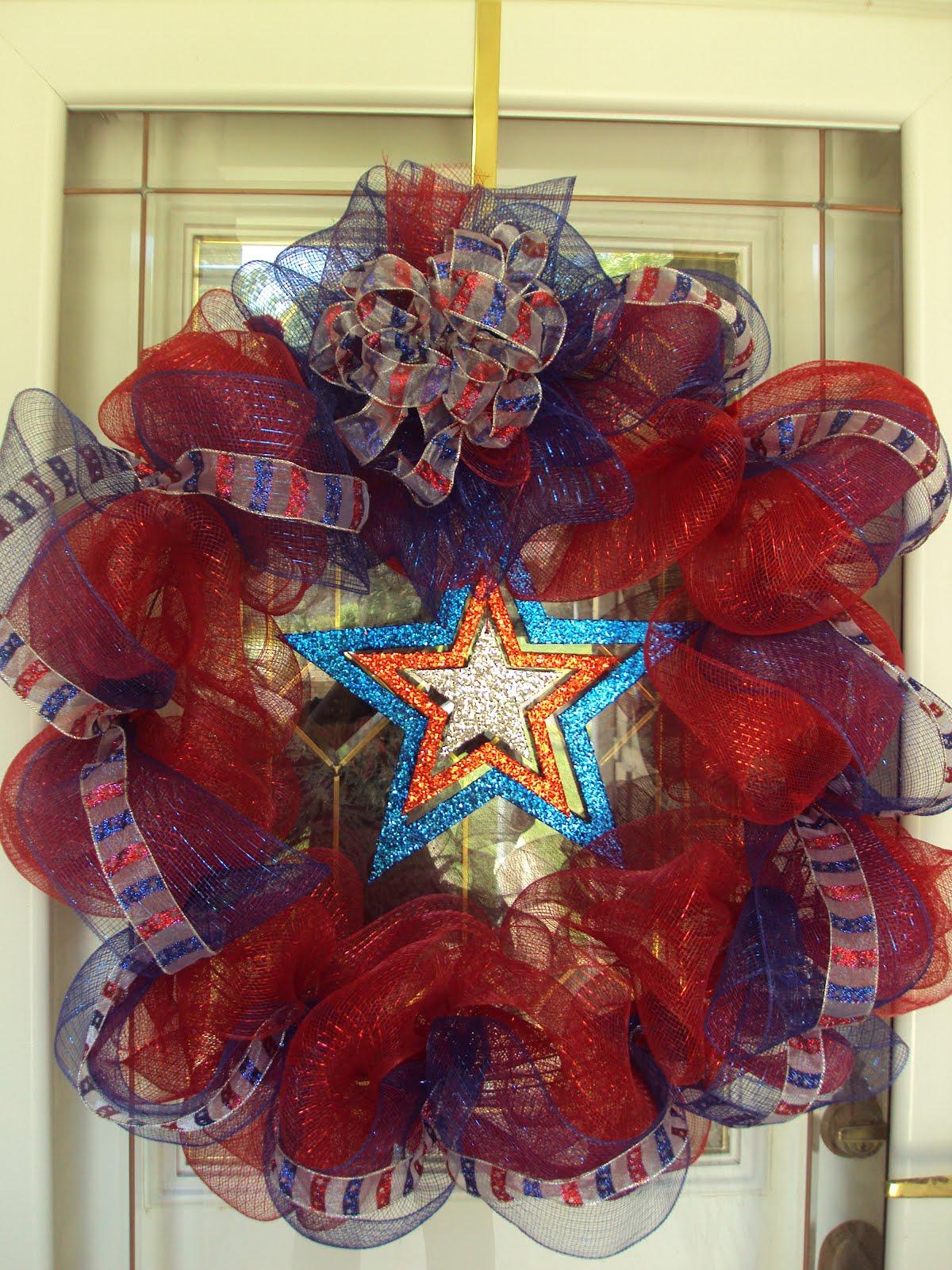 Blissful baby blog rwb deco mesh wreath - Blog deco ...
