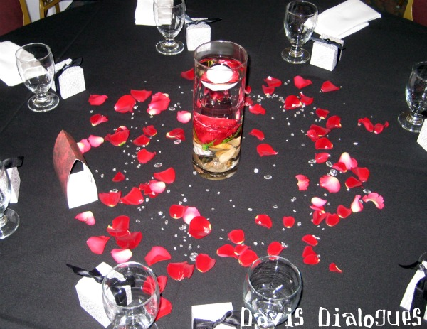 Emejing Red Black And White Wedding Decorations Contemporary ...