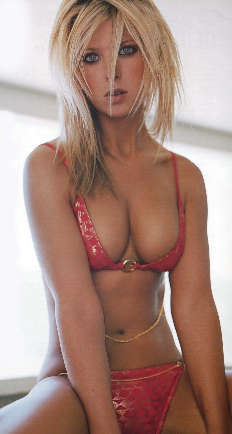naked photos of the hottest women today