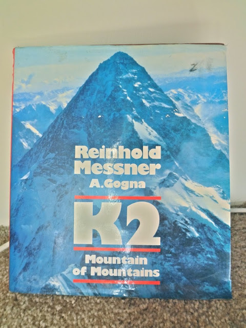 K2 Mountain of Mountains, book, a. Gogna