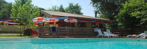 Piscina del Camping Besalú Gerona