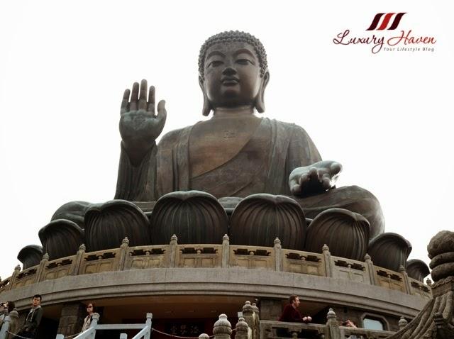 lantau island majestic outdoor bronze tian tan buddha