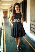 Samantha glam pics in black-thumbnail-12
