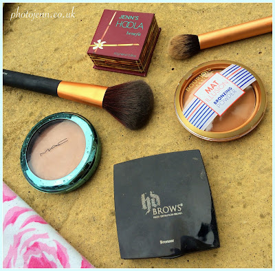 top-bronzers-uk-high-street-mac-extra-dimention-bronzer--HD-Brows-2-benefit-Hoola-Bourjois-mat-illusion