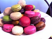 http://www.sympalapause.fr/wp-content/uploads/2015/01/macaron_mini_cake.jpg