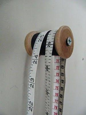Bobina de hilos para colgar cintas métricas