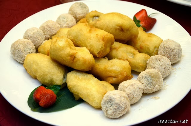 "Deep-Fried Chinese New Year Cake with Glutinous Dumpling ""Shanghai"" Style"