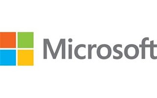 بالصور: مايكروسوفت تكشف عن حاسوب جديد في حجم شاحن كهربائي