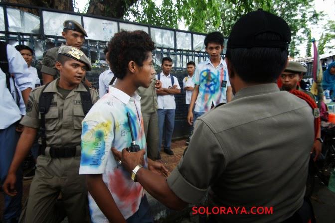 perayaan pelulusan sumatera barat