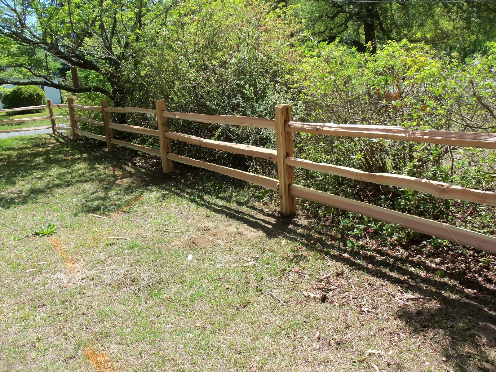 Town & Country Fences LLC Split 3 Rail Cedar Fence fits Perfect