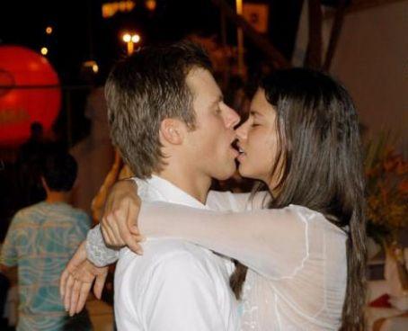 Adriana lima dating prince