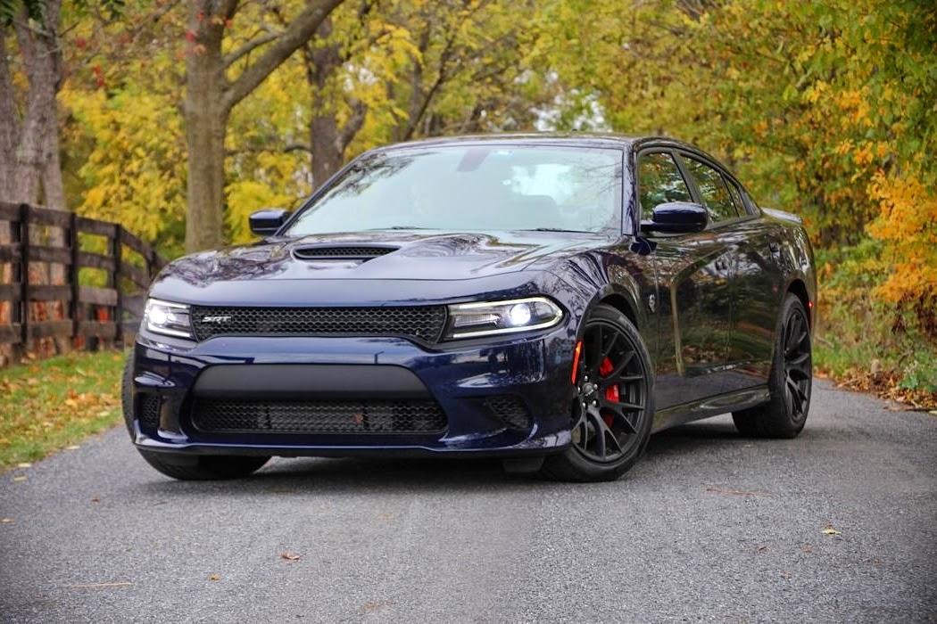 2015 dodge charger srt hellcat 707 hp car reviews new car pictures for 2018 2019. Black Bedroom Furniture Sets. Home Design Ideas