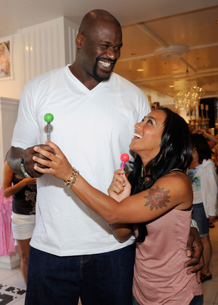 .: Shaquille ONeal & Hoopz @ the Sugar Factory American
