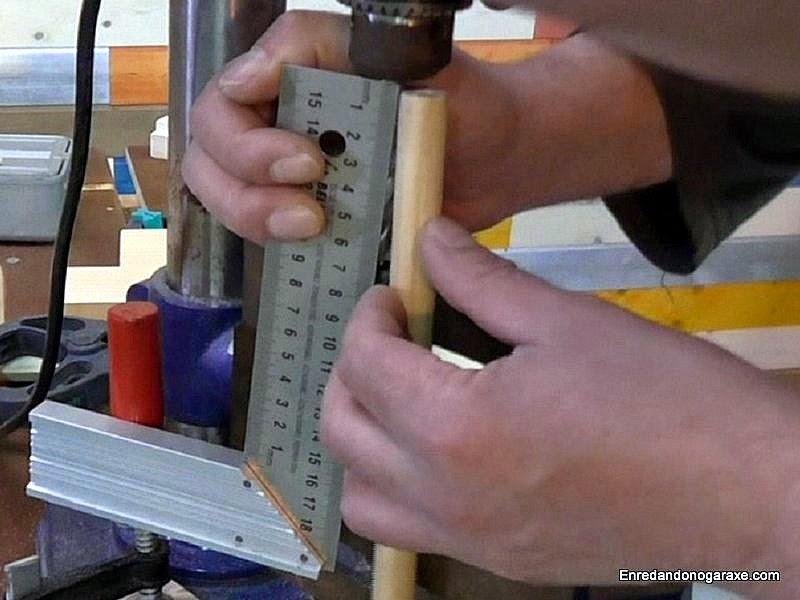 Medir la longitud que debe tener el tope de profundidad. www.enredandonogaraxe.com