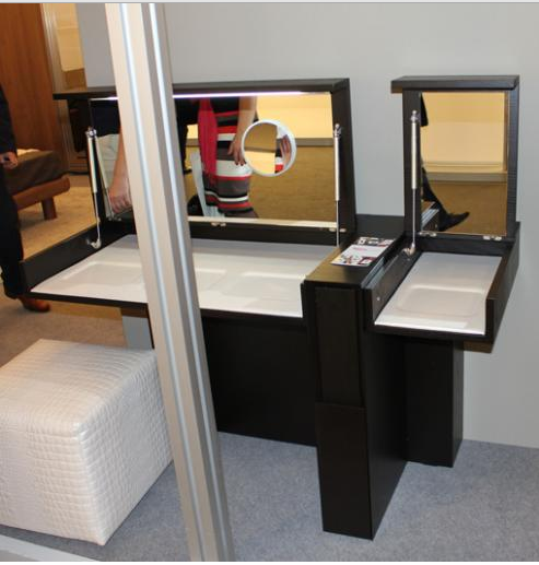 6 creative dressing table designs for small bedrooms for Small bedroom dressing room ideas