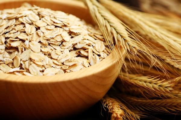 DIY Facial nourishing cream made from oats