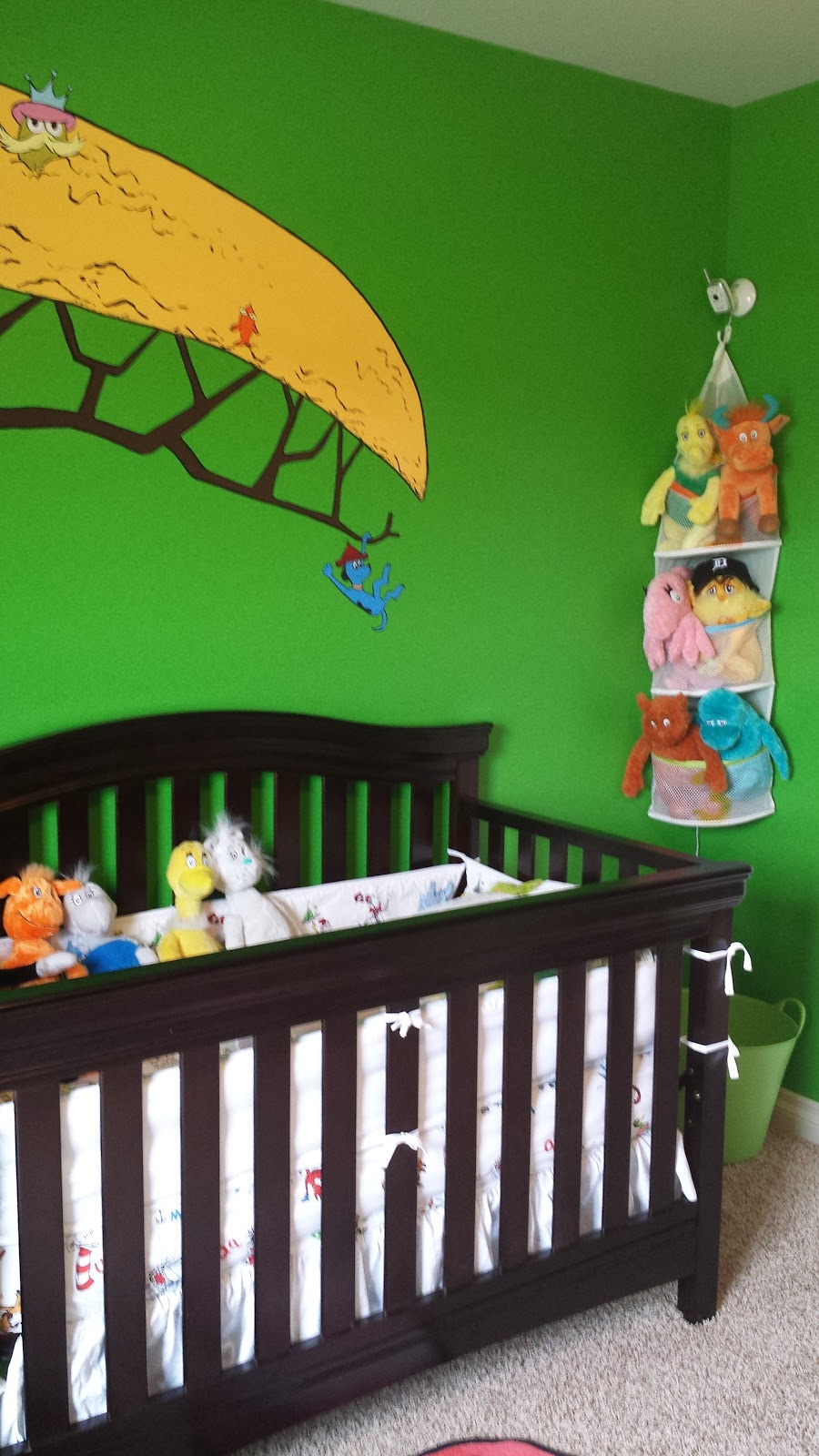 The skillful bee dr seuss nursery mural for Dr seuss nursery mural